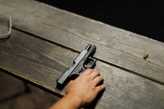 Procurarea şi înstrăinarea pistoalelor de autoapărare, armelor neletale – condiţii şi atenţionări
